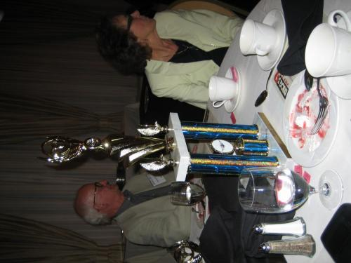 graham-and-gill-white-with-peoples-choice-trophy 29895685358 o